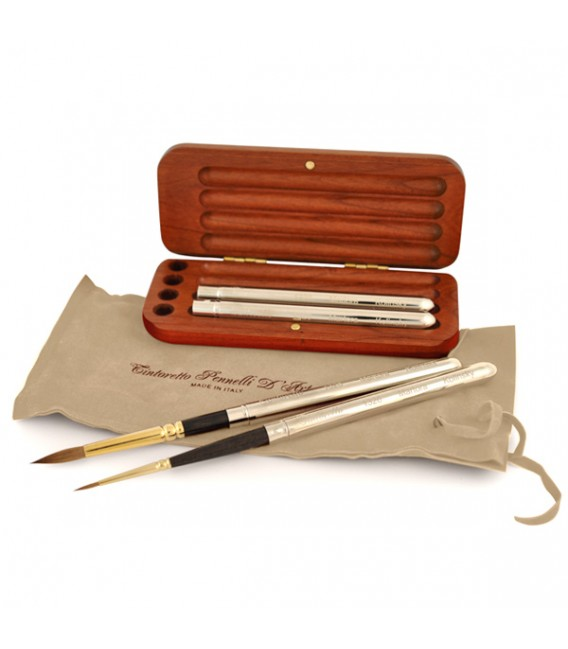 Cherry-wood Pocket Case with 4 Kolinsky Sable Brushes Series 1326
